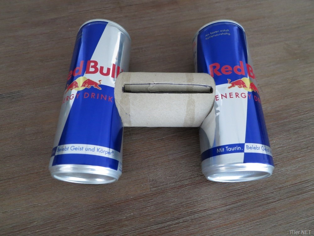redbull und eine klopapierrolle verbessert den smartphone sound. Black Bedroom Furniture Sets. Home Design Ideas