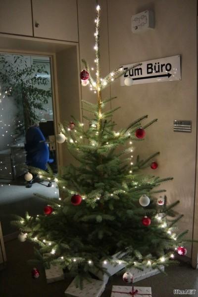 IT-Büro-Weihnachtsbaum