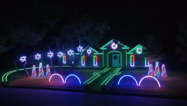 Weihnachts-Lichtshow-2015-Dubstep-Remix